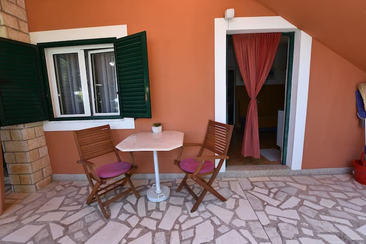 One bedroom Apartment, seaside in Dolac, Terrace