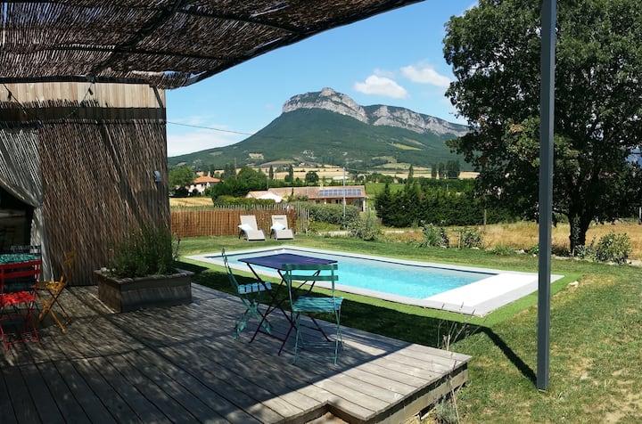 Bois de Garance, gîte d'architecte, piscine privée