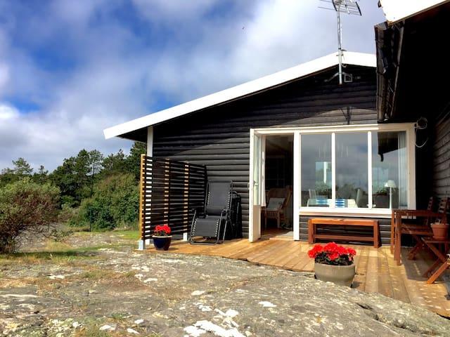 Fritidshus utan insyn nära hav - Orust V - Rumah