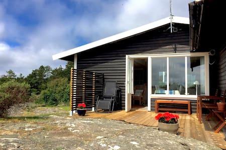 Fritidshus utan insyn nära hav - Orust V - Casa