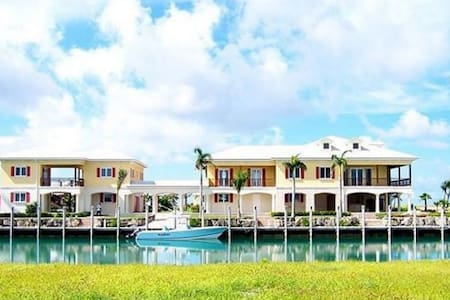 7 bedroom estate on Grand Bahamas - west grand bahamas