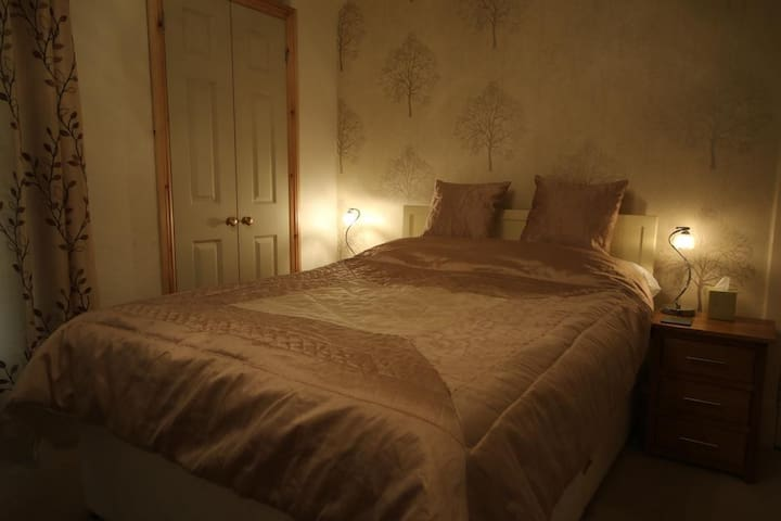 Cosy room in the heart of Keswick (West View)