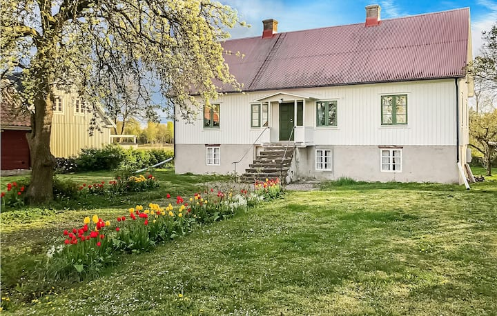 Beautiful home in Köpingsvik with 2 Bedrooms