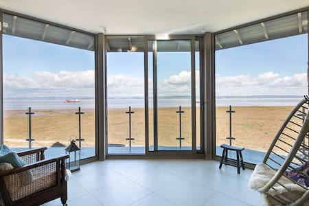 Breathtaking sea views, syle and comfort....