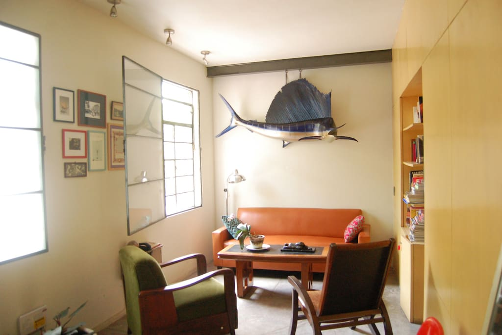 This how the living room looks like now, with Goyo the sailfish hanging on the wall