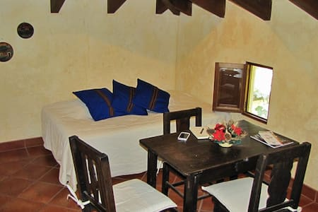 Loft apartment sourranded by garden - Antigua Guatemala