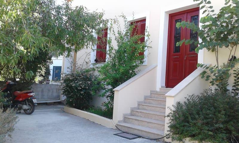 JENNYs HOUSE