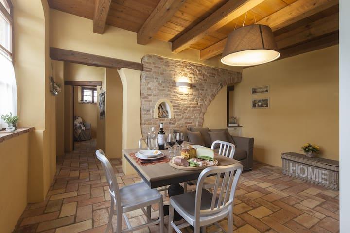 """""""Il Girasole"""" apartment: overall view"""