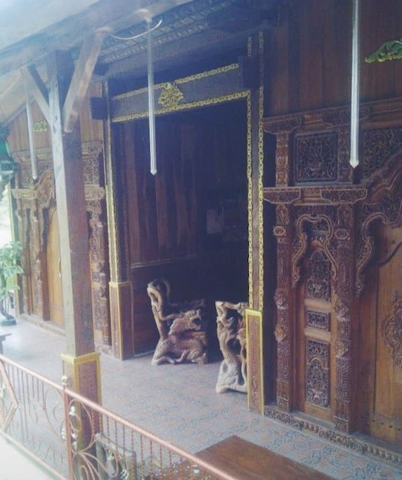 Saung kayu I and II - is a small room suitable for a small group (max 4 person/room). IDR 400/night/room.