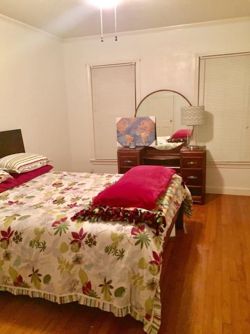 Queen bed with vanity