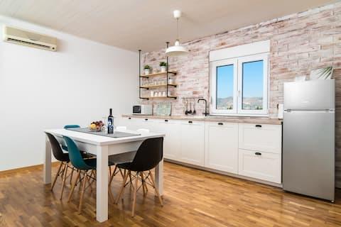 Apartman Regius White