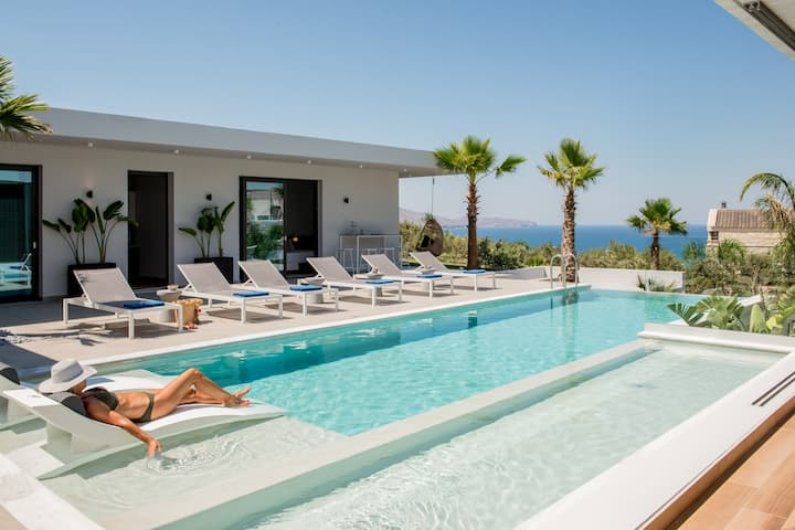 Brand new Villa Lydia, indoor heated pool,sea view