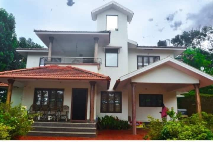 Waynad homes situated near kabani river.