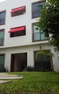En Irapuato, Gto. departamento en renta - Irapuato - Apartment