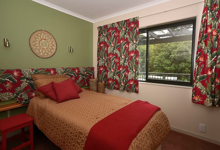 twin or king bedroom
