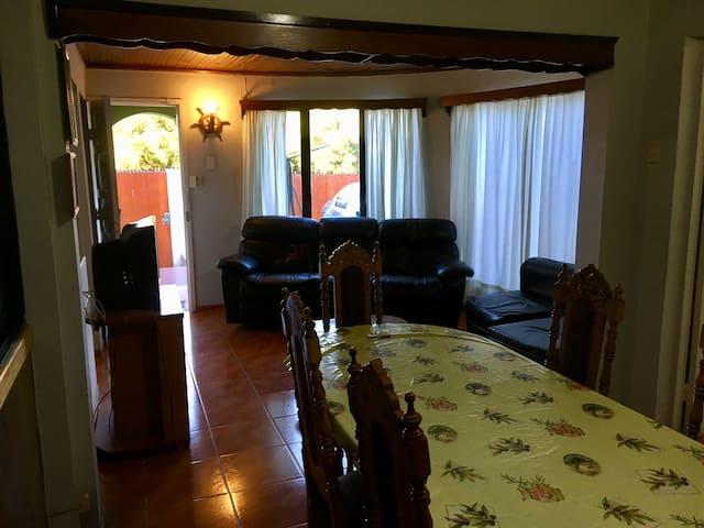 Casa completa e Independiente en Quintero.