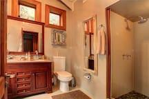 2nd bedroom en-suite bathroom 2nd shower and 2nd bathtub.