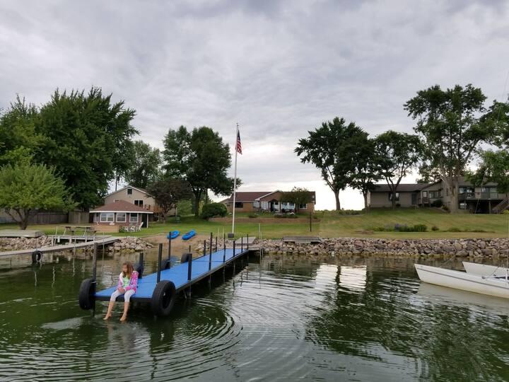 Lake Home, Large Yard, Waverly MN