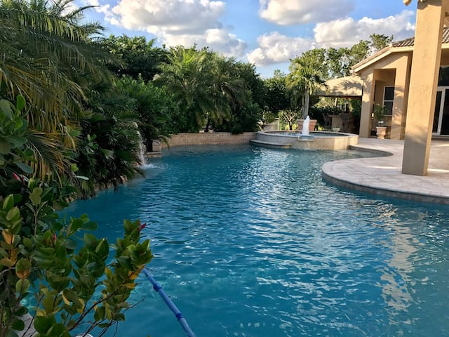 Paradise in South Florida - Davie - House