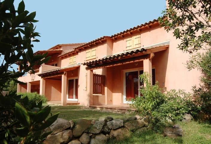 Vardiola plage holiday accommodations,T with airco