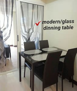 Zinnia Towers Condo Unit w/ 1 Bedroom and Balcony - Quezon City
