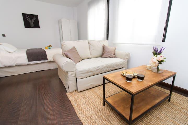 Brilliant Cosy Studio in the Centre - Málaga - Apartamento