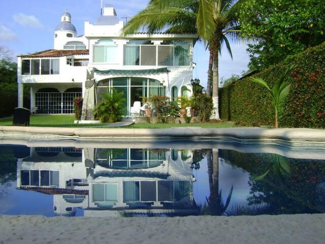 Casa en Nuevo Vallarta a 3 minutos de la playa!!