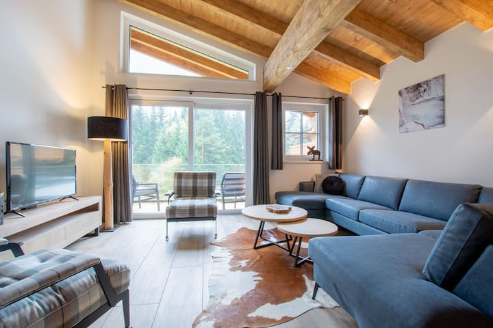 Spacious chalet with sauna in Krimml, 400 m from the ski-bus stop