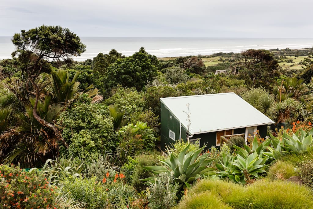 Set amongst the bush and close to the beach