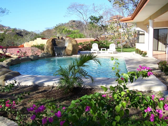 Casa Manana - Ocean View Home with Private Pool