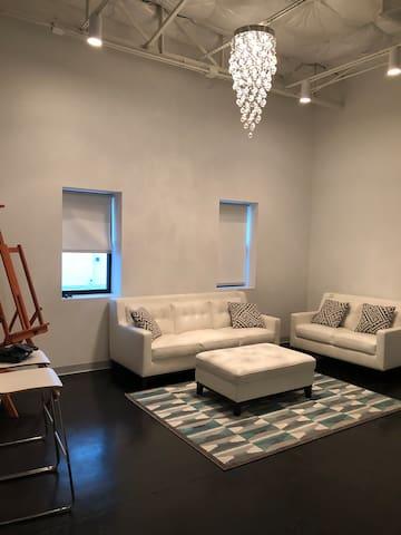 Stylish Apartment in Dallas Design District