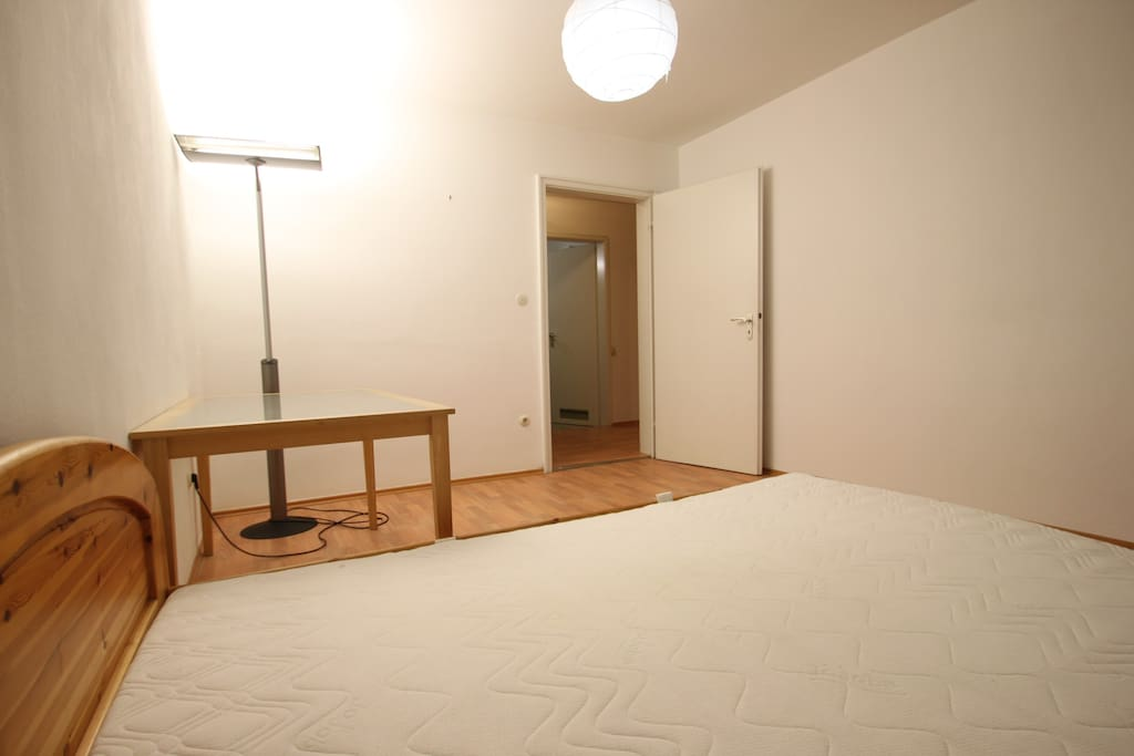 2nd sleeping room (is currently rented)