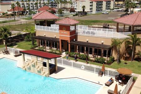 3BDR/2BA La Isla Residences Condo C201