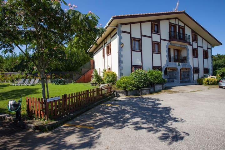 CASA RURAL ZELAIETA BERRIBI - Itziar - House