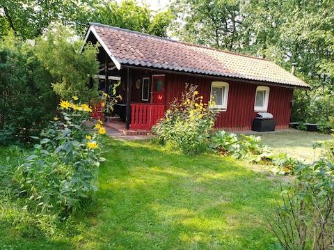 Romantisches Häuschen im Garten