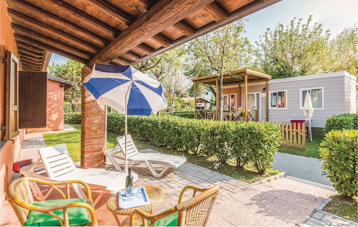 Nice home in Iseo BS with WiFi and 2 Bedrooms