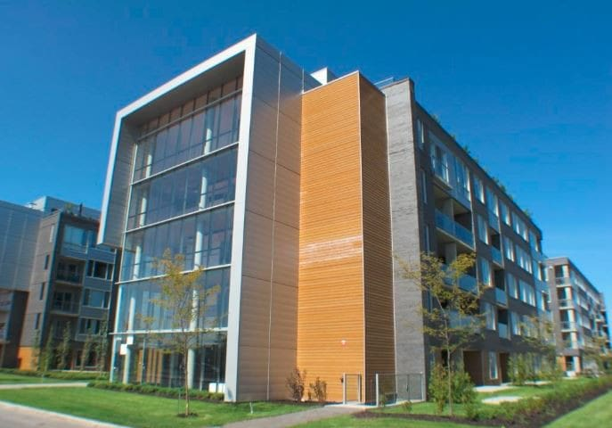 LONG TERM CONDO IN BROSSARD - NON FURNISHED
