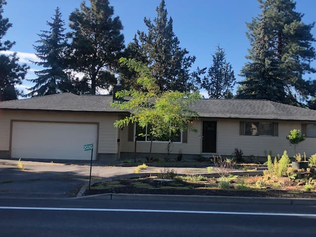 Convenient and affordable lodging in Bend, Or.!