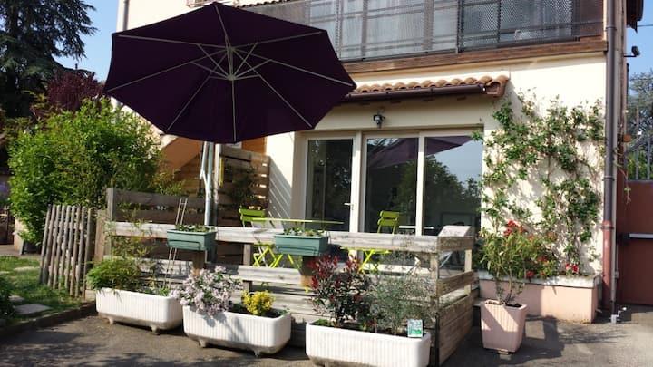 """""""Le clair Logis"""" logement avec terrasse au calme"""