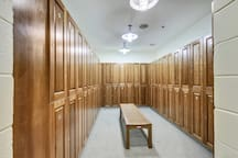 Sunset Island - Clubhouse Locker Room