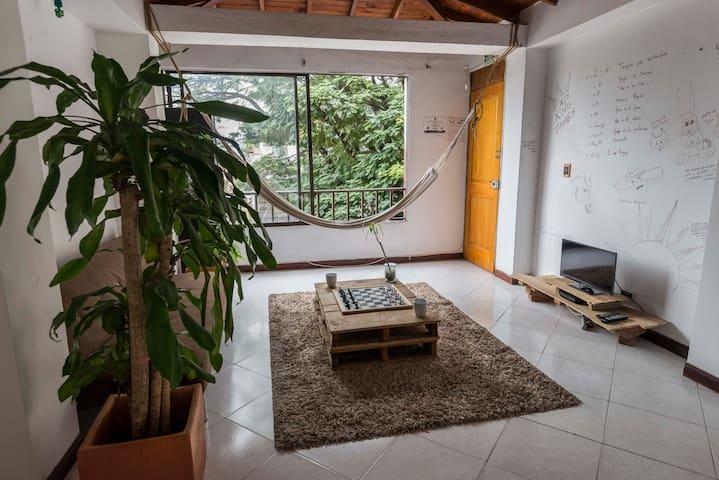 Cute room in Poblado, Manila (#3) - Medellin - Apartment