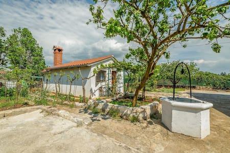 Apartment Grubišić / A1 / Studio - Matohanci - Huoneisto