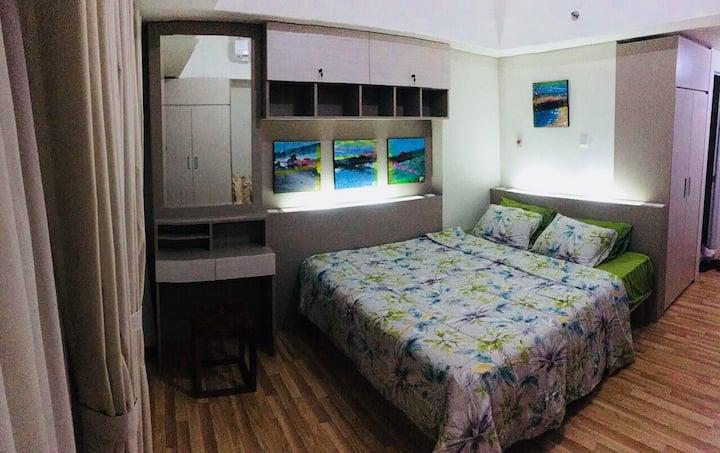 Cozy studio apartment near Plaza Bintaro!
