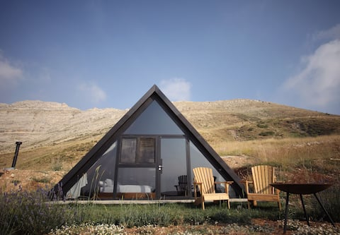 Elsewhere Retreat, Laqlouq - Secluded Cabin C2