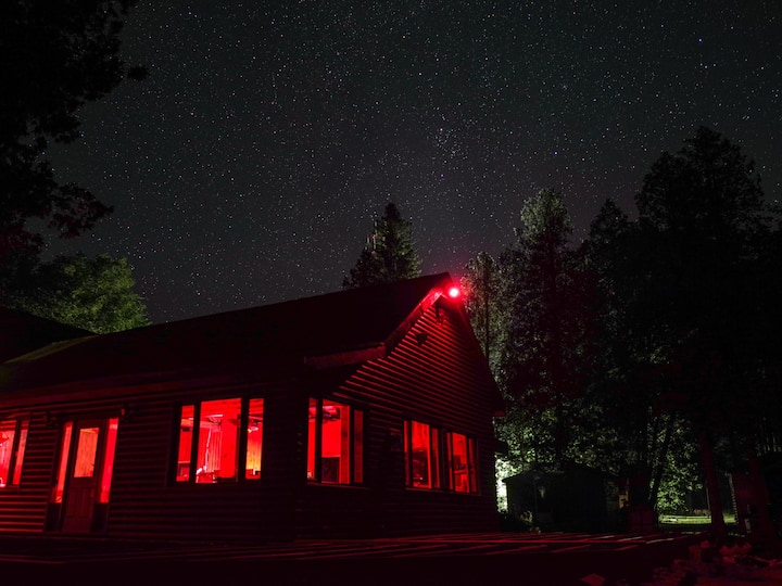 Rm 201 - Historic Fishing Lodge on Bruce Peninsula