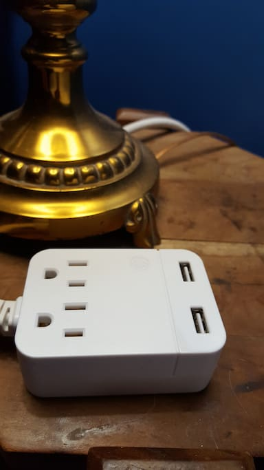 Outlets and USB ports at your bedside.