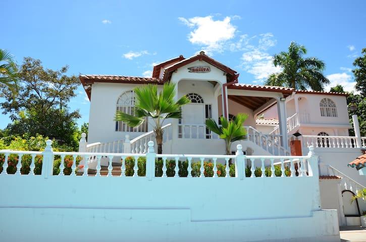 Hermosa Casa Vacacional
