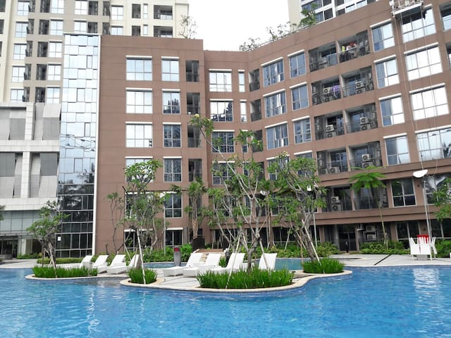 New Lux Condo 2BR Superb Facility - Jakarta Pusat - Apartment