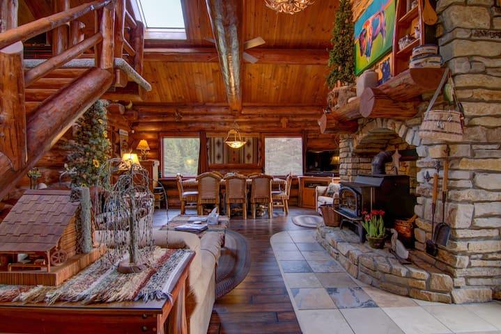 The Lodge at Red Pine Ridge