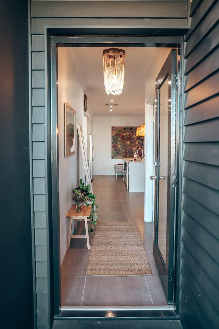 Modern Coastal Home at the edge of Dunsborough